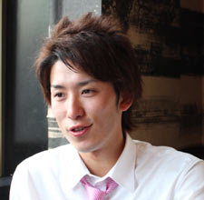 button-only@2x 丸山元気イケメン騎手の彼女は藤田菜七子?結婚は?厩務員とのやり取りで騎乗停止,年収も調査!!