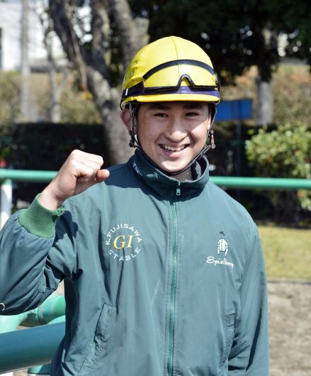 button-only@2x 木幡育也騎手親,兄弟がすごい!年収や彼女も調査!落馬による骨折と休養の詳細まで